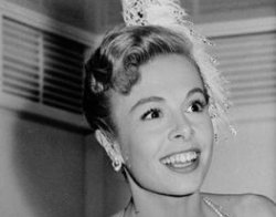 Ha muerto... MARGE CHAMPION
